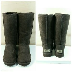 UGG Classic Tall Boots Brown Womens Size 7